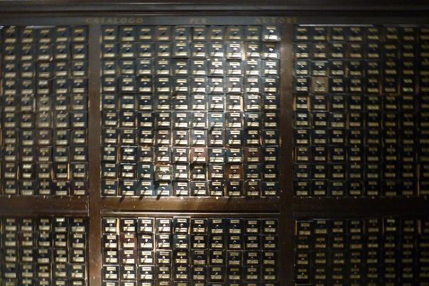 Catalogue sur fiches. Bologne (Italie). Biblioteca comunale dell'Archiginnasio