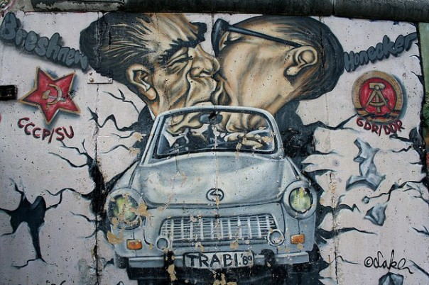 Berlino - Il muro 2, par Brozzi sur Flickr (CC BY-NC-ND 2.0)
