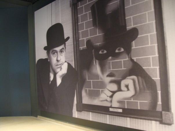 Musée Magritte, par Ines s. sur Flickr (CC BY-ND 2.0)